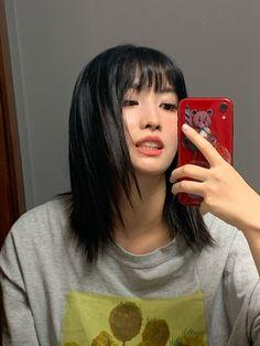 Kpop Girl Groups, Korean Girl Groups, Kpop Girls, Ulzzang, My Girl, Cool Girl, Selfie Foto, Sana Momo, Hirai Momo