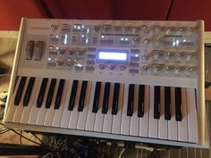 MATRIXSYNTH: Access Virus TI V2 Synthesizer / Keyboard with Cas...