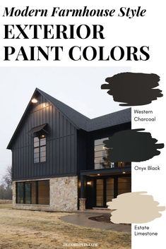 Modern Farmhouse Style Exterior Paint Colors Create the perfect modern farmhouse exterior with these paint color combinations. Paint your home with confidence in a beautiful modern farmhouse style. Best House Colors Exterior, Farmhouse Exterior Colors, Black House Exterior, Farmhouse Paint Colors, House Paint Exterior, Modern Exterior, Traditional Exterior, Exterior Design Of House, Modern Home Exteriors