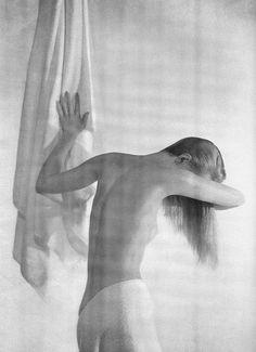 Photo by Louise Dahl-Wolfe, Harper's Bazaar, 1957
