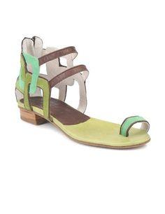 El falso plano - Compras Elle - Moda Primavera Verano 2012 - Lo último en tendencias, glamour y celebrities - ELLE.ES