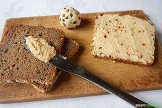Veganer Frischkäse selbst gemacht - mit Heilkräutern und Gewürzen