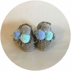 Nos Mocassins / Our Moccasins Moccasins, Baby Shoes, Stud Earrings, Types Of Shoes, Penny Loafers, Loafers, Baby Boy Shoes, Stud Earring, Earring Studs
