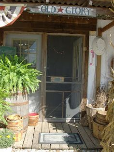 country summer porches – farmhouse front door with screen Front Door With Screen, Old Screen Doors, Summer Porch, Decks And Porches, Front Porches, Shabby, Farmhouse Front, Outdoor Living, Outdoor Decor