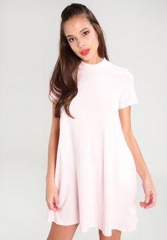 Alva klänning 299.00 SEK, Klänningar Gina Tricot