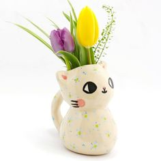 """sosuperawesome: """" Cat Ceramics by Pony People See our or tags """" Fimo Clay, Ceramic Clay, Ceramic Painting, Clay Art Projects, Clay Crafts, Pretty Art, Cute Art, Pottery Art, Ceramic Pottery"""