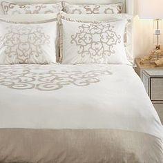 Amora Bedding