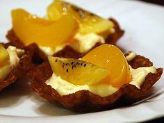 Peach and Golden Kiwi in Vanilla Custard and Brandy Snaps
