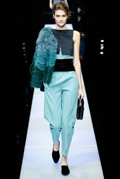 Giorgio Armani Fall 2015 Ready-to-Wear - Details - Gallery - Style.com