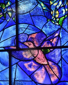 Marc Chagall~ one of many beautiful stained glass paintings. Could use black glue & chalk pastel in class_ its glass blue there's a bird Marc Chagall, Artist Chagall, Chagall Paintings, Stained Glass Church, Stained Glass Art, Stained Glass Windows, Mosaic Glass, Chagall Windows, French Artists