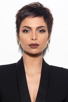 50 Popular and Posh Pixie Cut Looks Short Pixie Haircuts Loading. Very Short Pixie With Side Bangs Previous Post Next Post Short Hair Cuts For Women, Short Hairstyles For Women, Bob Hairstyles, Wedding Hairstyles, Short Pixie Cuts, Short Pixie Haircuts, Haircut Short, Chic Haircut, Boy Haircuts