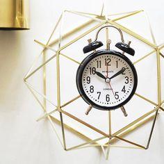The London Alarm Clock beautifully captured by @browsehouse: #newgate alarm clock & upside down #hubschinterior basket  #newgateclocks #newgateclock #newgate #clock #clicks #alarm #alarmclock #browsehouse #home #interior #homeinspo #bedroom #wakeup