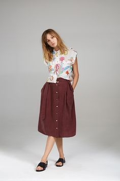 CROP SHIRT AND SILKY HIGH WAIST SKIRT High Waisted Skirt, Waist Skirt, Crop Shirt, Midi Skirt, Women Wear, Contemporary, Skirts, Collection, Vintage