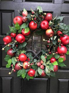 Fall Wreath, Front Door Wreath, Apple Wreath, Rustic Apple Wreath,Back to School Wreath