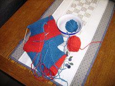 J Felted Slippers, Mittens, Coasters, Free Knitting, Photo Illustration, Felt Slippers, Fingerless Mitts, Drink Coasters, Fingerless Mittens