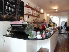 Two For Joy Amsterdam centrum: koffie tentje met yummy iced lattes! | http://www.yourlittleblackbook.me/nl/two-for-joy-amsterdam-koffie/