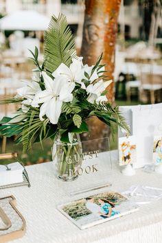 Our Wedding Details Tropical Wedding Centerpieces, Tropical Wedding Decor, Floral Wedding, Diy Wedding, Wedding Favors, Wedding Decorations, Beach Wedding Tables, Wedding Souvenir, Nautical Wedding