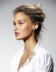 makeup australia    Pinterest Holiday natural on and Bones, Highlights glow make up Eyeshadows
