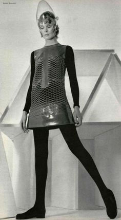 pierre cardin space age fashion Repinned by www.lecastingparisien.com