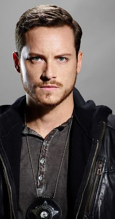jesse lee soffer. be still my heart. ❤️ #chicagopd