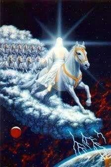 Ap 19, 14-16 ... 14. Seguiam-no em cavalos brancos os exércitos celestes, vestidos de linho fino e de uma brancura imaculada. 15. De sua boca sai uma espada afiada, para com ela ferir as nações pagãs, porque ele deve governá-las com cetro de ferro e pisar o lagar do vinho da ardente ira do Deus Dominador. 16. Ele traz escrito no manto e na coxa: Rei dos reis e Senhor dos senhores!