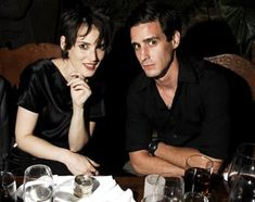 Discovered by Fernanda Cavalcanti. Find images and videos about winona ryder and james ransone on We Heart It - the app to get lost in what you love. It Movie Cast, It Cast, Bill Hader, Laura Vandervoort, Kristin Kreuk, Winona Ryder, Attractive People, Christina Hendricks, Gal Gadot