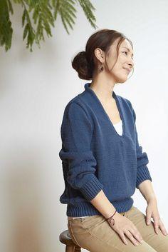 Ravelry: TSUBOMI pattern by Rie  amirisu knitting magazine - F/W 2012 Collection http://www.ravelry.com/patterns/library/tsubomi-2