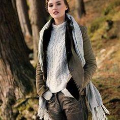 Wool Cashmere Horseshoe cable sweater by Ireland's Eye....#irishdesign #cozy #sweaterweather #aran #irelandseyeknitwear #ootd