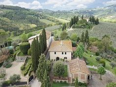 7 bedroom Farmhouse in Chianti, Tuscany for sale with 20000m2 of land - Reference 179293