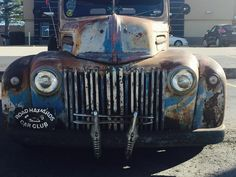 1947 Ford Panel - grill