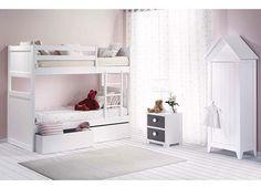 Habitación Infantil con Litera de 2 camas y armario-casita.
