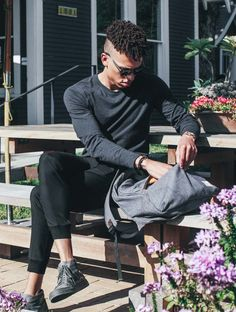 Meet Ace | Taylor Jarrett, Creative Director, Austin, TX wearing the Ford Brushed Long Sleeve. | Kit and Ace