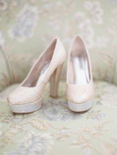 Jackie Zurfluh Photography | Spokane Wedding Photographer | Idaho Photographer | Bridal Session | Gold glitter wedding shoes | Wedding shoes | Wedding Photographer | Wedding details |