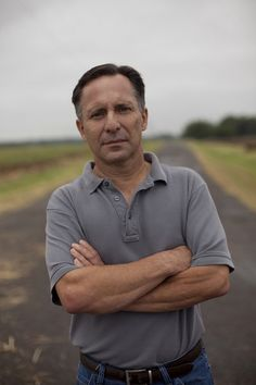 'Storm Chasers' star Tim Samaras, son die chasing Oklahoma tornado. This is so sad that he passed on in the El Reno tornado 2013..  What a heroic, talented, dedicated man, and his son, and their colleague.