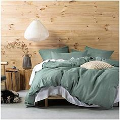 The 8 Best Bedding Sets for guys [June 2020] - Famrhouse Bedding Set Farmhouse Bedding Sets, Best Bedding Sets, Apartment Furniture, Bed Styling, Cool Beds, Duvet Cover Sets, Luxury Bedding, Interior Design, Chambray