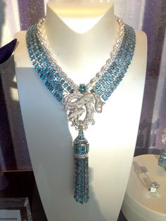 Stunning Cartier necklace