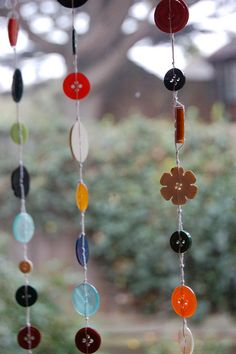 beaded curtains made from buttons ^^ Just want to say that as of yesterday my bead/button curtains are up and looking great!