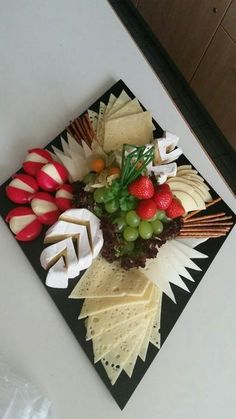 dessert Finger Foods, Waffles, Catering, Pisces, C Seafood Appetizers, Finger Food Appetizers, Appetizers For Party, Appetizer Recipes, Snack Recipes, Cooking Recipes, Dessert Recipes, Kid Recipes, Parties Food