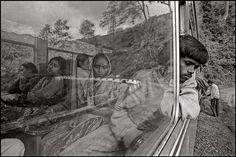 INDIA—Darjeeling Himalayan Railway, 1995.  © Raghu Rai / Magnum Photos