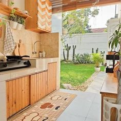 💡 95 incredible outdoor kitchen designs the dynamics of bringing your cuisine outside! Dirty Kitchen Design, Outdoor Kitchen Design, Home Decor Kitchen, Kitchen Interior, Dirty Kitchen Ideas, Kitchen Designs, Home Room Design, Home Interior Design, Interior And Exterior