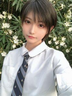 Pin on 帅嘤嘤 Cute Asian Girls, Cute Girls, Emo Girls, Boyish Girl, Beautiful Japanese Girl, Beautiful Women, Cute Young Girl, Uzzlang Girl, Body Poses
