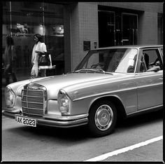 280 SEL shot by Wesley Wong.