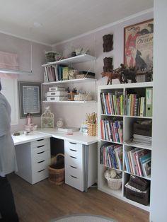 Naisen kotitoimisto ja harrastehuone toteutettuna