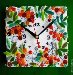 Часы для дома ручной работы. Ярмарка Мастеров - ручная работа часы из стекла, фьюзинг Гроздья рябины. Handmade.