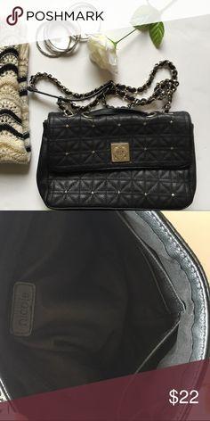 e3a2b8c6cc5b Nicole Miller CrossBody Bag Nicole Miller Crossbody black chained purse in  lightly used condition! Inside