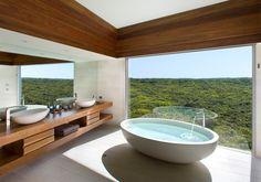 Large Oval Bath in Concrete – Warm White