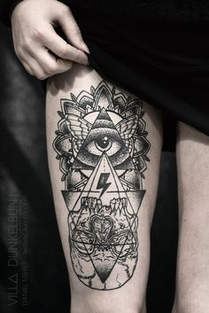 Geometric tattoo  by Daniel Meyer @ VILL∆ DUNKELBUN† #thigh #tattoos