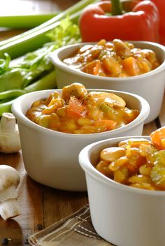 Butterbean & Mushroom Goulash: a rustic #vegetarian dish with a rich hearty flavour! #MeatFreeMonday