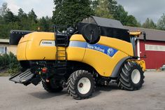 2011 New Holland CX8040