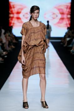 Batik Drapping by Yuyun Darma
